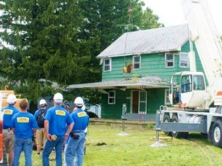 CSC helps Extreme Home Makeover in Philo, IL