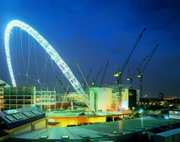 Wolffkran tower cranes on the reconstruct of Wembley Stadium in England.